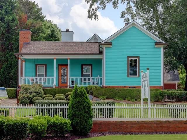 374 S Atlanta Street, Roswell, GA 30075 (MLS #6916349) :: North Atlanta Home Team