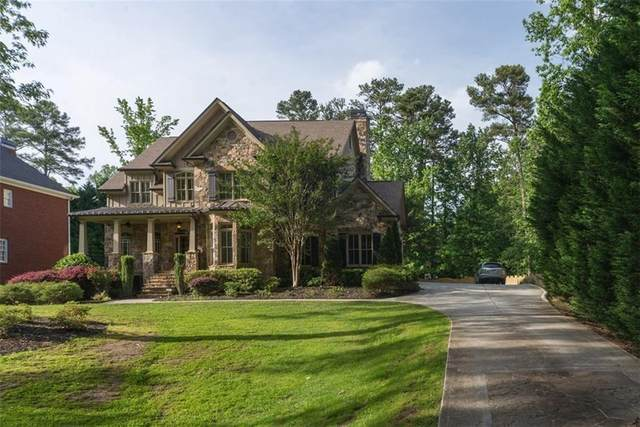 4140 Spalding Drive, Sandy Springs, GA 30350 (MLS #6916406) :: North Atlanta Home Team