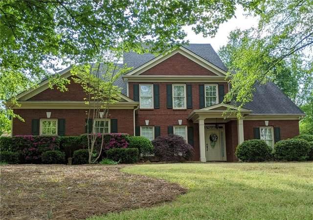 940 Lakemere Crest, Suwanee, GA 30024 (MLS #6917473) :: North Atlanta Home Team