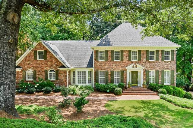 135 Treadwick Drive, Sandy Springs, GA 30350 (MLS #6917828) :: North Atlanta Home Team