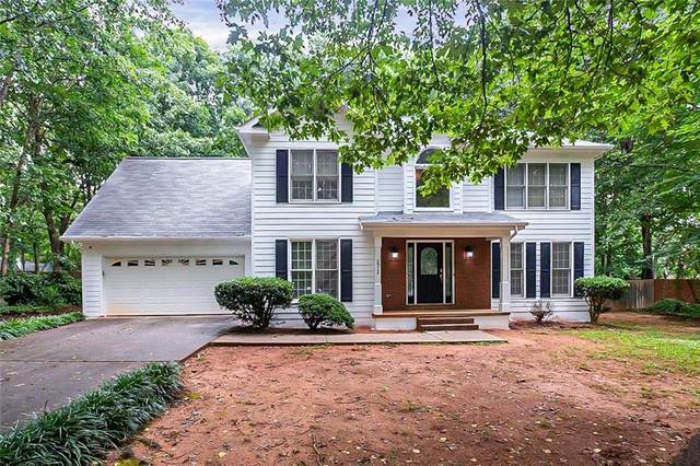 2924 Windcrest Drive, Hampton, GA 30228 (MLS #6918048) :: North Atlanta Home Team