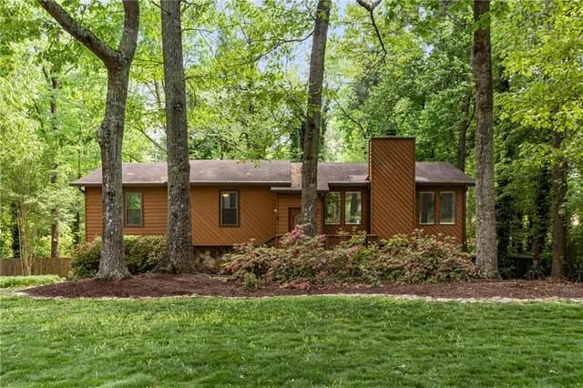 516 Magnolia Drive, Woodstock, GA 30188 (MLS #6918166) :: Charlie Ballard Real Estate