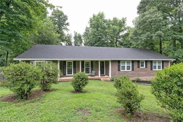 4569 Glenforest Drive NE, Roswell, GA 30075 (MLS #6918251) :: Path & Post Real Estate