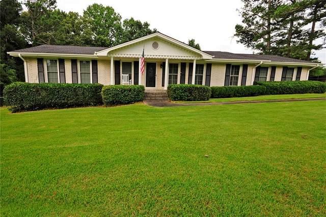 1900 Tara Circle, Douglasville, GA 30135 (MLS #6918656) :: The North Georgia Group