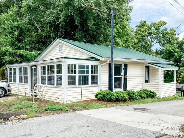 6012 Athens Street, Lula, GA 30554 (MLS #6919025) :: Charlie Ballard Real Estate