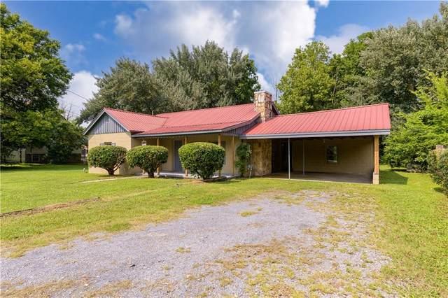 106 Adair Street, Calhoun, GA 30701 (MLS #6919412) :: Charlie Ballard Real Estate