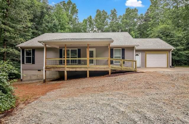 3305 Holly Springs Road, Pendergrass, GA 30567 (MLS #6919425) :: North Atlanta Home Team