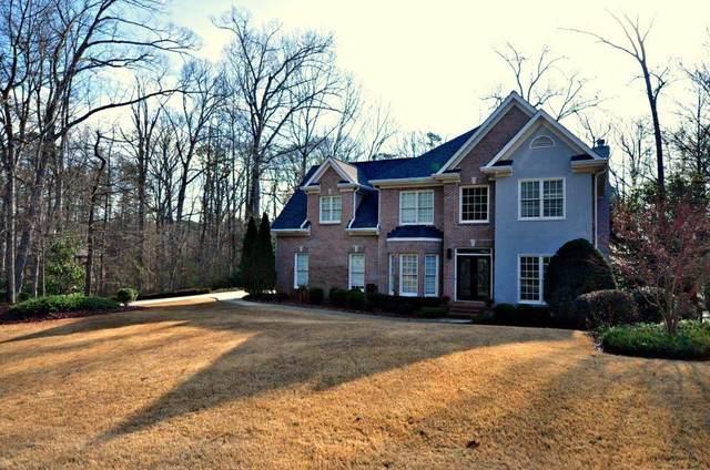 125 Forrest Lake Road, Johns Creek, GA 30022 (MLS #6919567) :: The Hinsons - Mike Hinson & Harriet Hinson