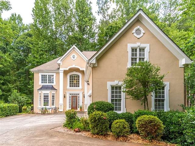 565 Pennroyal Lane, Alpharetta, GA 30004 (MLS #6919770) :: Path & Post Real Estate