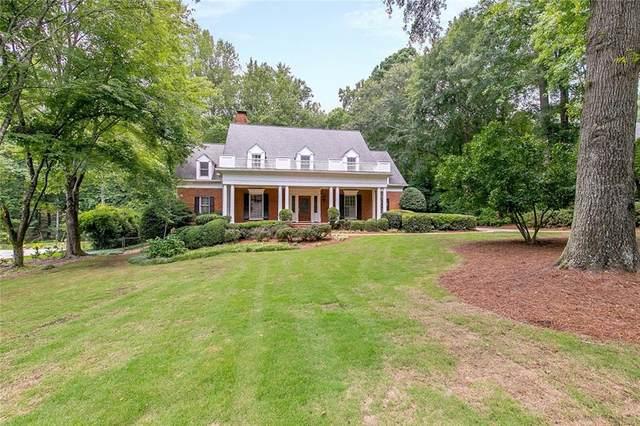 5500 Chelsen Wood Drive, Johns Creek, GA 30097 (MLS #6919800) :: North Atlanta Home Team