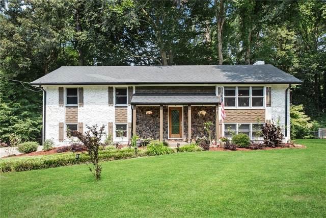 780 Foxcroft Trail SE, Marietta, GA 30067 (MLS #6921915) :: North Atlanta Home Team