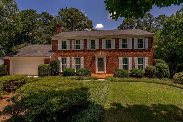 3770 Fox Hills Drive SE, Marietta, GA 30067 (MLS #6923125) :: The Hinsons - Mike Hinson & Harriet Hinson