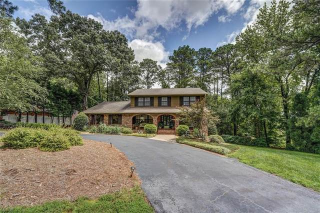 6215 SE Crestview Drive SE, Covington, GA 30014 (MLS #6923560) :: North Atlanta Home Team