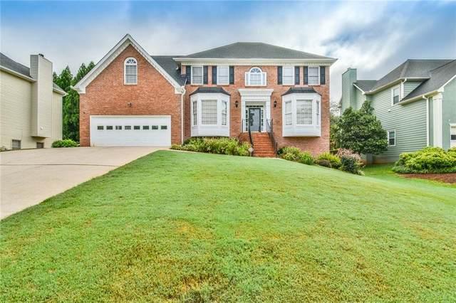 870 Rose Crest Drive, Lawrenceville, GA 30044 (MLS #6923646) :: North Atlanta Home Team