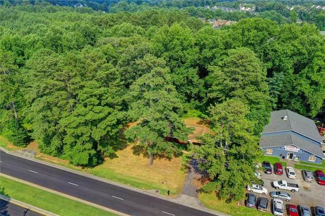 704 Scenic Highway, Lawrenceville, GA 30046 (MLS #6923699) :: The Hinsons - Mike Hinson & Harriet Hinson