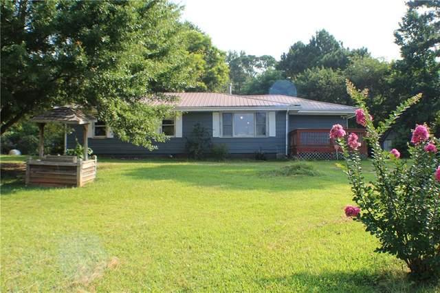 8324 Highway 166, Douglasville, GA 30135 (MLS #6923703) :: Charlie Ballard Real Estate