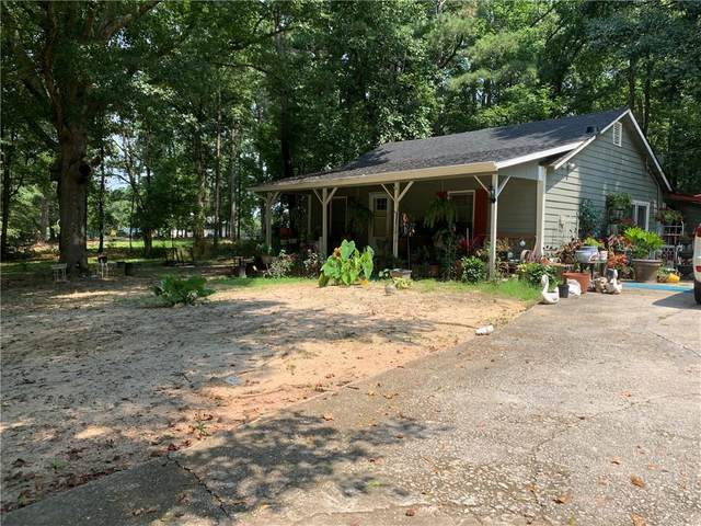 678 N Burnt Hickory Road, Douglasville, GA 30134 (MLS #6923764) :: North Atlanta Home Team