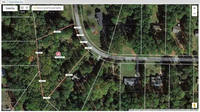 6201 Valley Stream Drive, Cumming, GA 30040 (MLS #6923795) :: Todd Lemoine Team