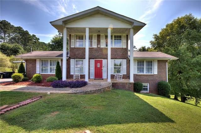 207 Woodland Circle, Calhoun, GA 30701 (MLS #6924168) :: North Atlanta Home Team