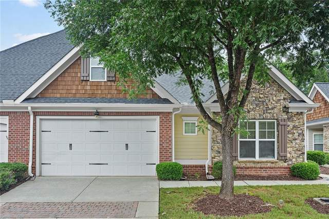 12100 Seasons Trace, Alpharetta, GA 30004 (MLS #6924831) :: The Kroupa Team | Berkshire Hathaway HomeServices Georgia Properties