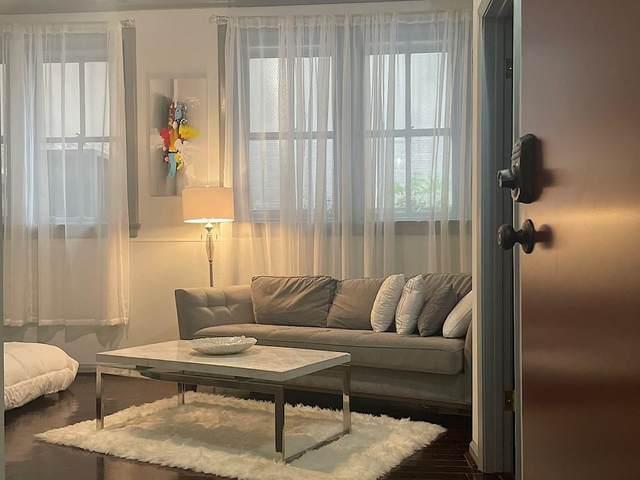32 Peachtree Street NW #202, Atlanta, GA 30303 (MLS #6924924) :: RE/MAX Paramount Properties