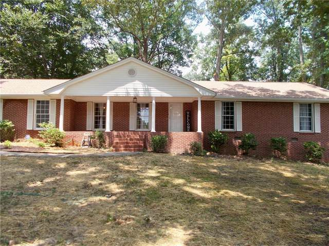 3221 Laura Lane, Lithia Springs, GA 30122 (MLS #6925433) :: Morgan Reed Realty