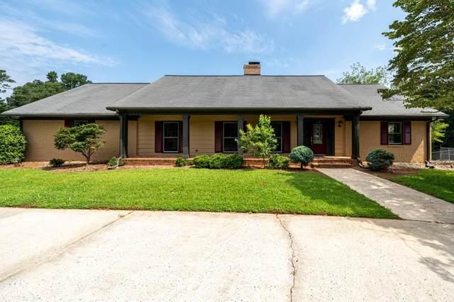 3301 Hallmark Drive SE, Marietta, GA 30067 (MLS #6925516) :: North Atlanta Home Team