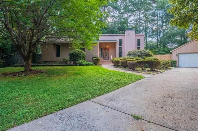 2833 Stacy Court NE, Marietta, GA 30062 (MLS #6931983) :: North Atlanta Home Team