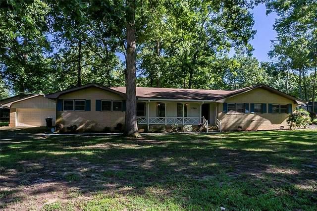 1749 Poplar Street SE, Conyers, GA 30013 (MLS #6932925) :: North Atlanta Home Team