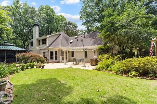 250 Cameron Ridge Drive, Sandy Springs, GA 30328 (MLS #6933474) :: North Atlanta Home Team