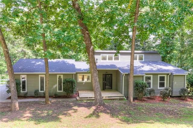 1051 Lakewood Drive, Marietta, GA 30066 (MLS #6936222) :: The Heyl Group at Keller Williams