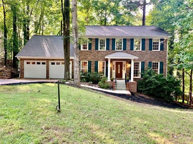 9505 Martin Road, Roswell, GA 30076 (MLS #6938422) :: North Atlanta Home Team