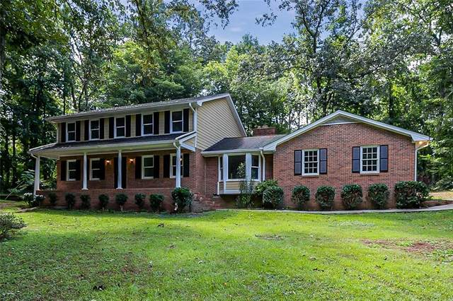 100 Ken Circle, Fayetteville, GA 30214 (MLS #6939168) :: North Atlanta Home Team