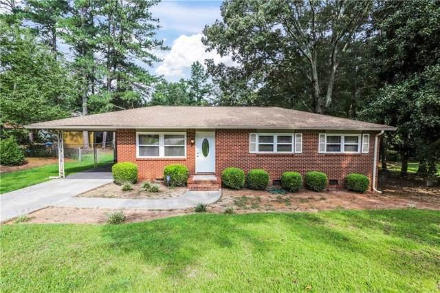6580 Carriage Drive SW, Mableton, GA 30126 (MLS #6940687) :: North Atlanta Home Team