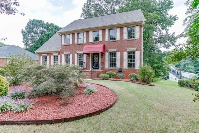 171 Shore Drive, Suwanee, GA 30024 (MLS #6940954) :: North Atlanta Home Team