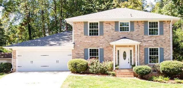 2587 Glen Circle, Lawrenceville, GA 30044 (MLS #6941870) :: North Atlanta Home Team