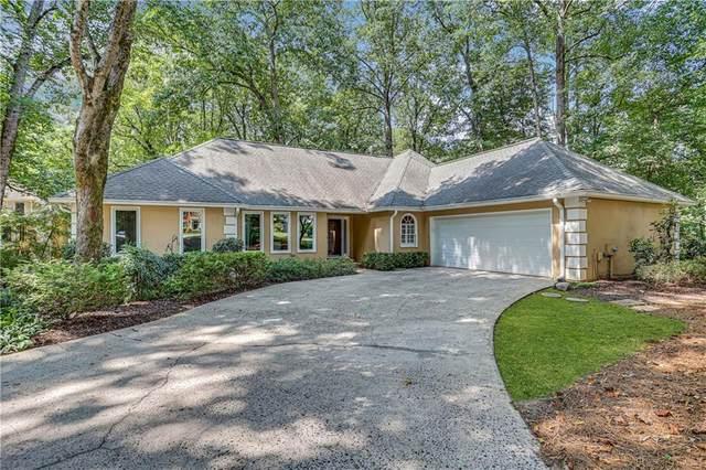 10630 Haynes Forest Drive, Alpharetta, GA 30022 (MLS #6943276) :: North Atlanta Home Team