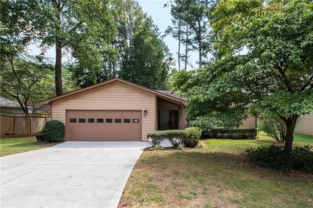 655 Creekwood Crossing, Roswell, GA 30076 (MLS #6943324) :: North Atlanta Home Team