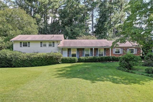 1313 W Nancy Creek Drive NE, Brookhaven, GA 30319 (MLS #6943342) :: North Atlanta Home Team