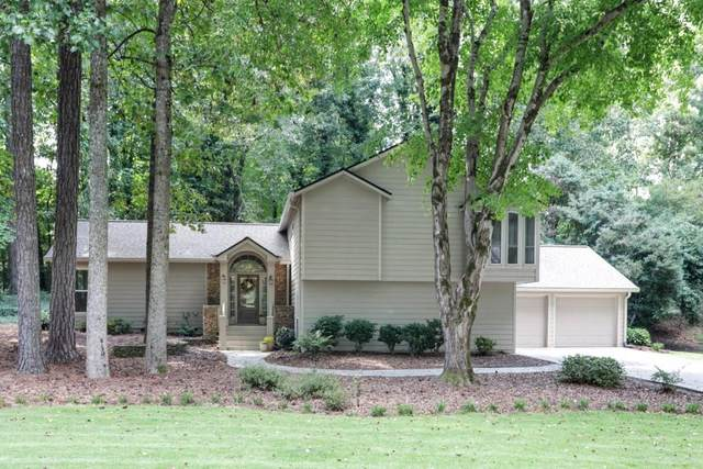 2293 Chimney Springs Drive, Marietta, GA 30062 (MLS #6944755) :: The Hinsons - Mike Hinson & Harriet Hinson