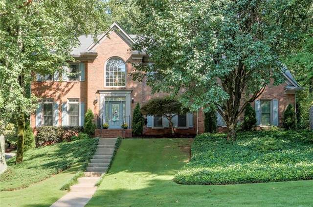 2492 Woodcrest Court, Lawrenceville, GA 30043 (MLS #6945038) :: The Hinsons - Mike Hinson & Harriet Hinson
