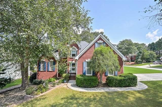 1615 Russells Pond Lane, Lawrenceville, GA 30043 (MLS #6945065) :: The Zac Team @ RE/MAX Metro Atlanta