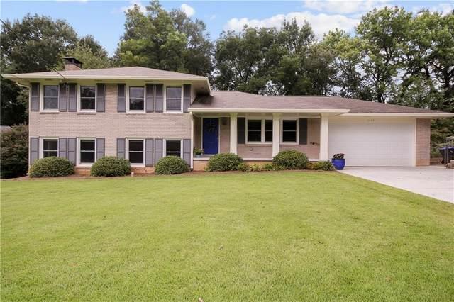 2409 Powers Ferry Drive SE, Marietta, GA 30067 (MLS #6945216) :: Kennesaw Life Real Estate