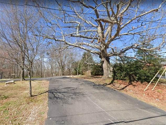 2978 N Bogan Road, Buford, GA 30519 (MLS #6946908) :: North Atlanta Home Team