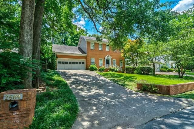 2609 Winslow Drive NE, Atlanta, GA 30305 (MLS #6947091) :: Virtual Properties Realty