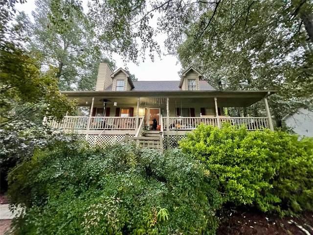 47 Robin Hood Drive, Douglasville, GA 30134 (MLS #6947698) :: The Hinsons - Mike Hinson & Harriet Hinson
