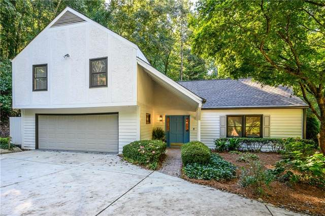 7107 Riverside Drive, Sandy Springs, GA 30328 (MLS #6947759) :: Scott Fine Homes at Keller Williams First Atlanta
