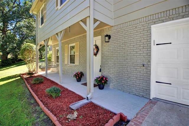 3759 Lake Drive SE, Smyrna, GA 30082 (MLS #6948892) :: Scott Fine Homes at Keller Williams First Atlanta
