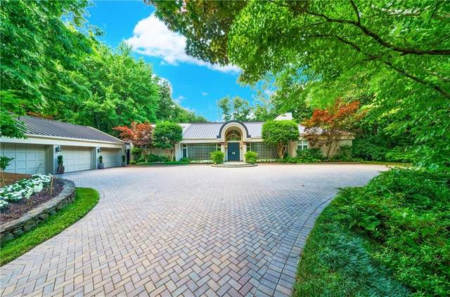 30 Finch Forest Trail NW, Sandy Springs, GA 30327 (MLS #6948895) :: Maria Sims Group