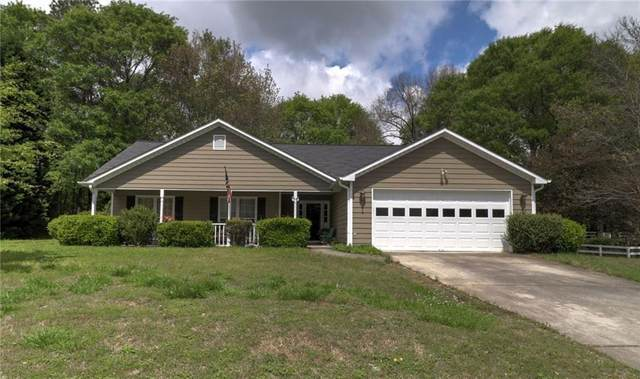 55 Lacey Oak Lane, Loganville, GA 30052 (MLS #6950197) :: North Atlanta Home Team